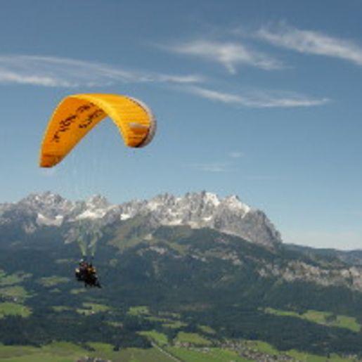 Gleitschirm-Tandemflug St. Johann in Tirol