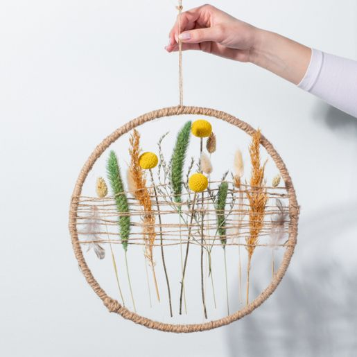 DIY Dekoring mit Trockenblumen