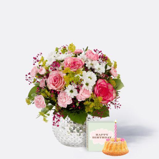 Blumenstrauß Märchenhaft mit Sommer Geburtstagsküchlein mit Kerze