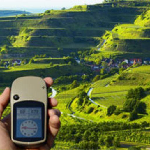 GPS Weinwanderung & Winzervesper im Kaiserstuhl fuer 2