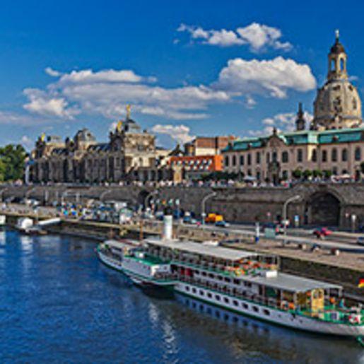 Fruehstueck & Schiffsrundfahrt Dresden fuer 2