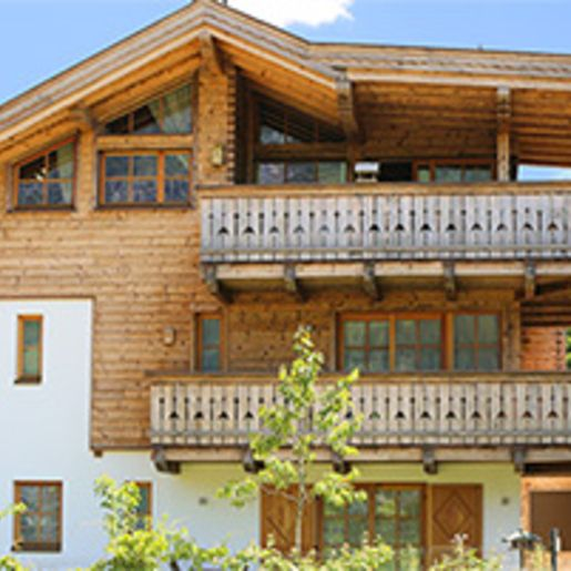 Berg-Urlaub im Premium-Appartement fuer 4