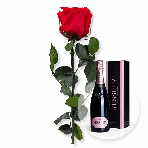 Rote Infinity-Rose und Kessler Rose Sekt
