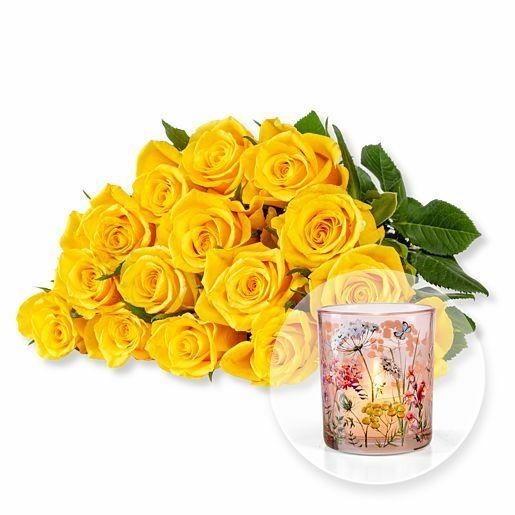 15 gelbe Fairtrade-Rosen und Windlicht